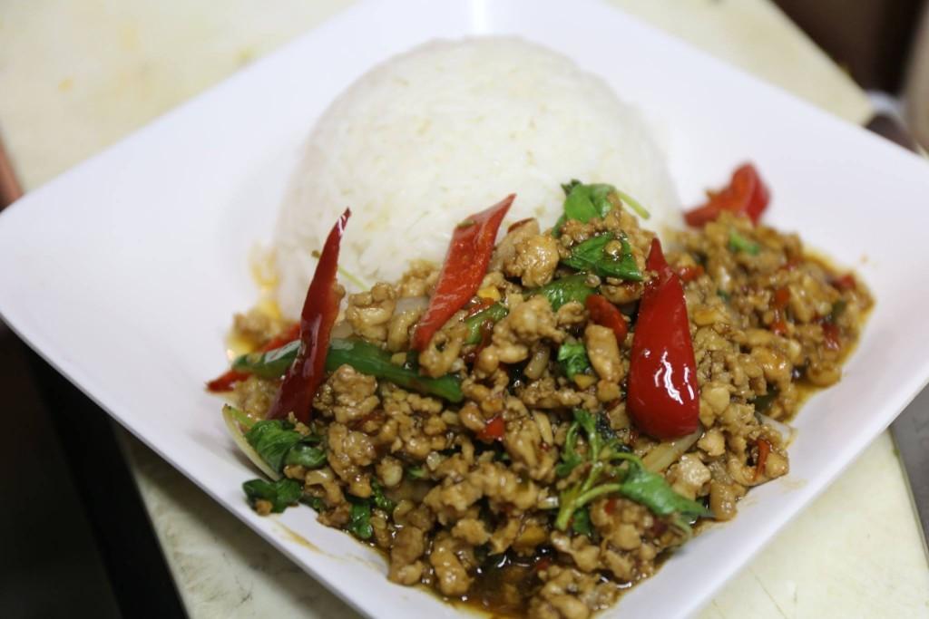 タイ料理ガパオ