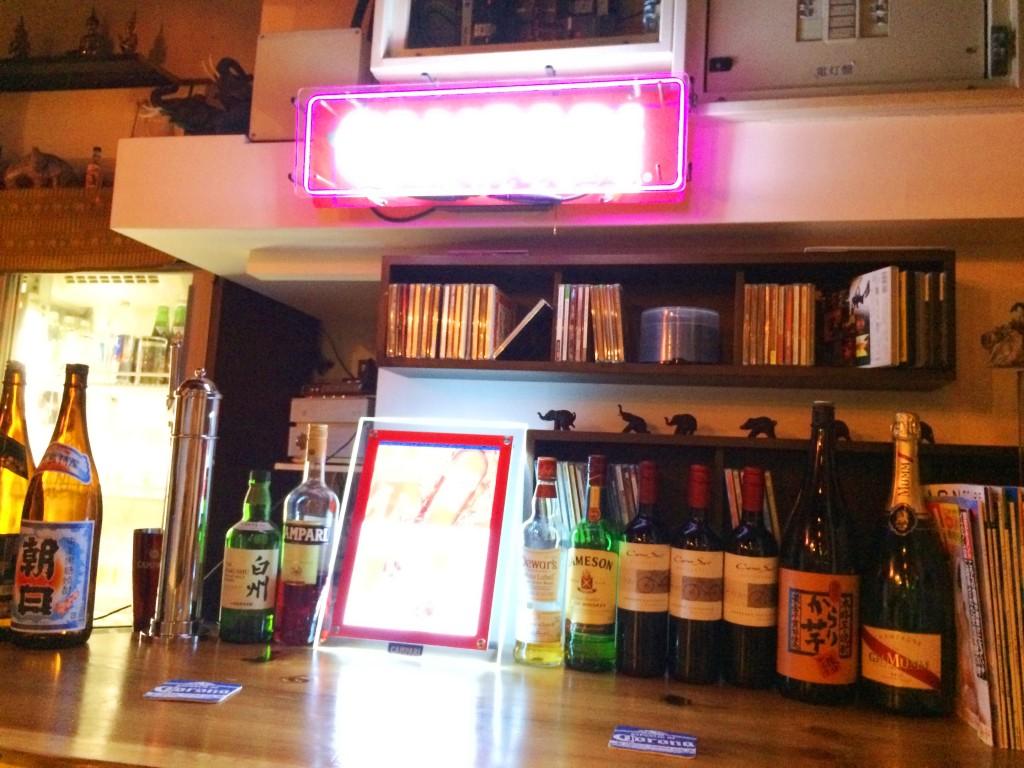 神ขายร้านอาหารไทยที่คังดะ